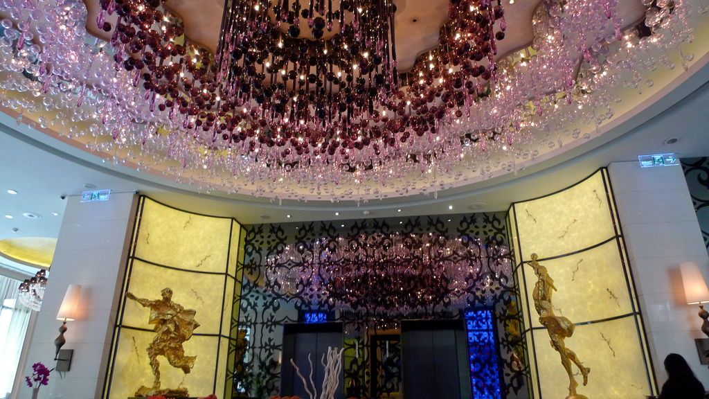 Jitka Kamencova Skuhava's ceiling piece made of hand blown red and blue glass in Hotel Eclat.